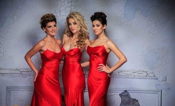Платье виагра красное